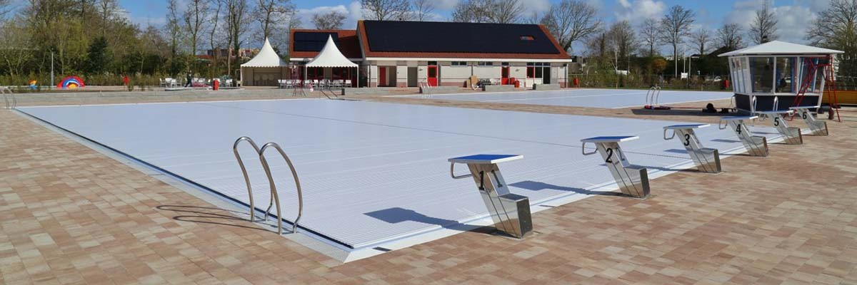 POOL COVER AT TEXEL
